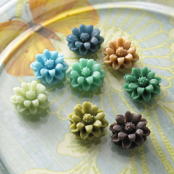Buttons-mini-flowers_670