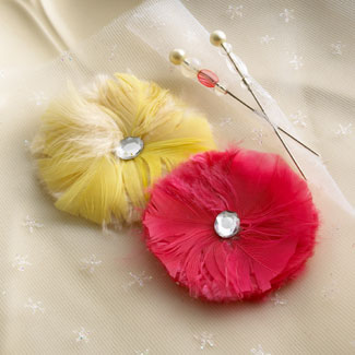 Feather-flowers-pins-ROM_32