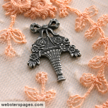 Websters_pages_bouquet-charm